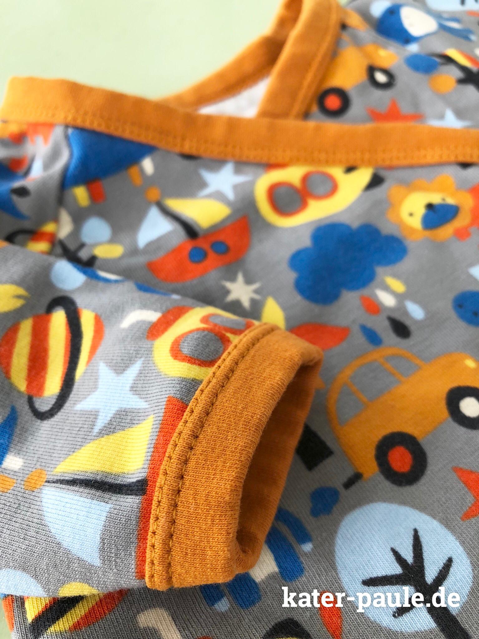 Babyhose und Wickeljacke nach dem Wickelbody Schnittmuster von Klimperklein aus Nähen mit Jersey – Babyleicht