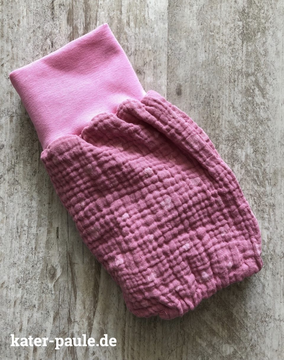 Babyset Bloomers und Halstuch aus Musselin. eBook Berry von rosarosa plus Greifling